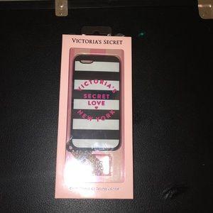 Victoria's Secret phone detachable wristlet case